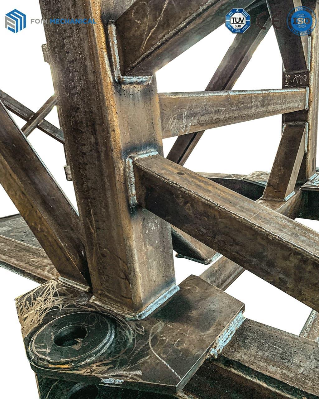 Các-chi-tiết-kết-cấu-thép-sau-khi-hàn-cua-cẩu-tháp