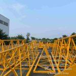 cẩu tháp đã hoàn thành đang ở trong sân nhà máy FOIN