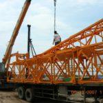 Vận chuyển và giao hàng cẩu tháp tại địa điểm công trình